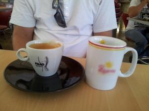 Bare kaffe?