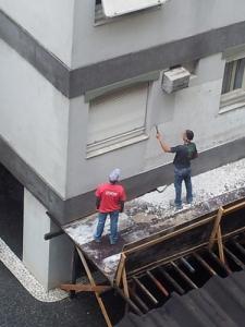 Støyende og støvende arbeid i høyden - uten beskyttelsesutstyr