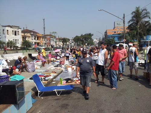 På marked nært havna i Santos: Her er tilsynelatende alt mulig salgbart
